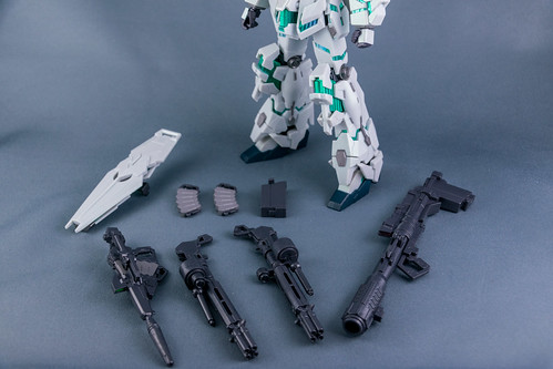 【抽選販売】ROBOT魂 <SIDE MS> ユニコーンガンダム(デストロイモード)重塗装Ver.