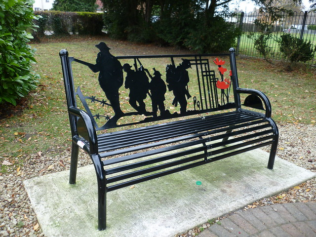 Memorial Bench, Hadleigh, Essex., Panasonic DMC-FS12
