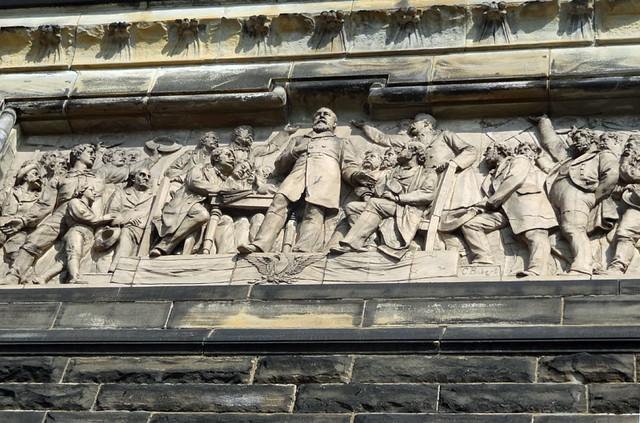garfield-memorial-panels