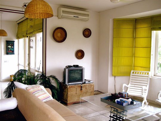 Katie Shares The Challenges Of Being An Expat In India When It Comes To  Renting And Decorating A Home. She Lets Us Into Her Eclectic Home That Is  Gifted ...