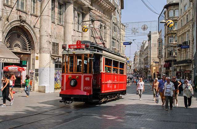 Tram Storico - İstiklal Caddesi