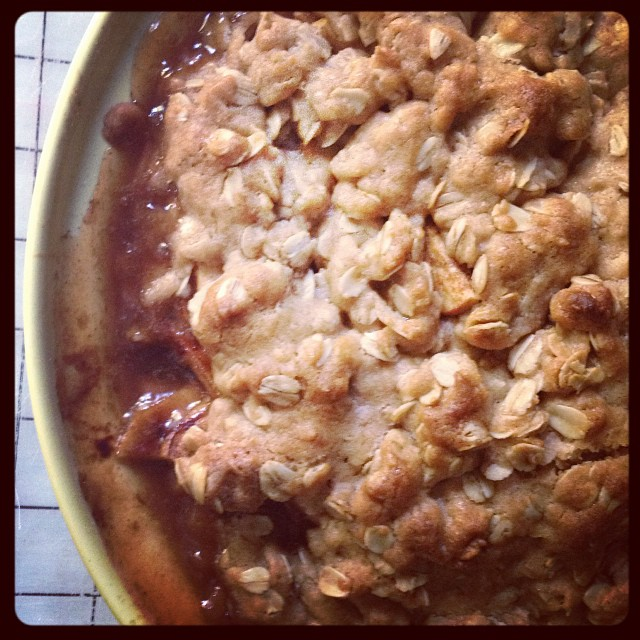 Yesterday's amazing apple crumble. (Very little left today.) #vegan #whatveganseat. Recipe from @isachandra (link in her profile)
