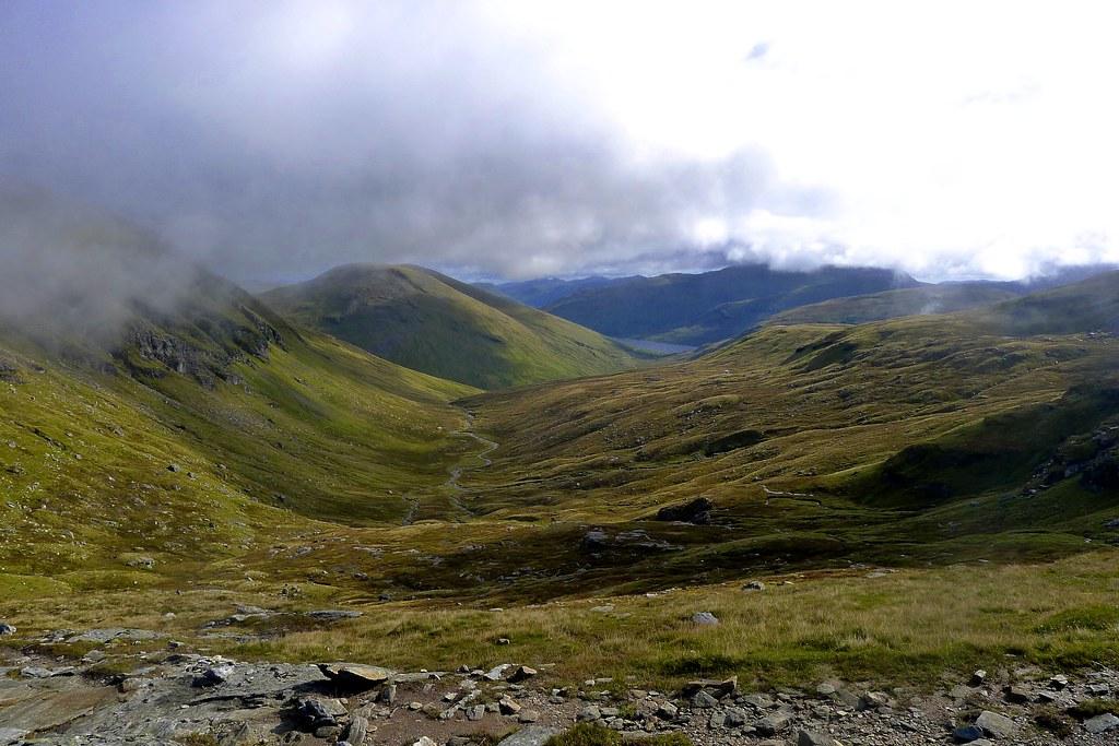 Coire a' Ghabhalach to Loch Lyon