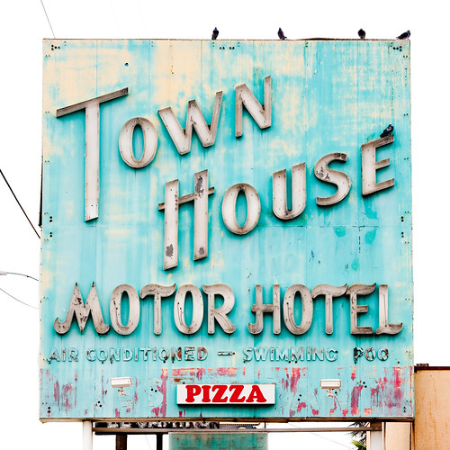 Pizza by Thomas Hawk