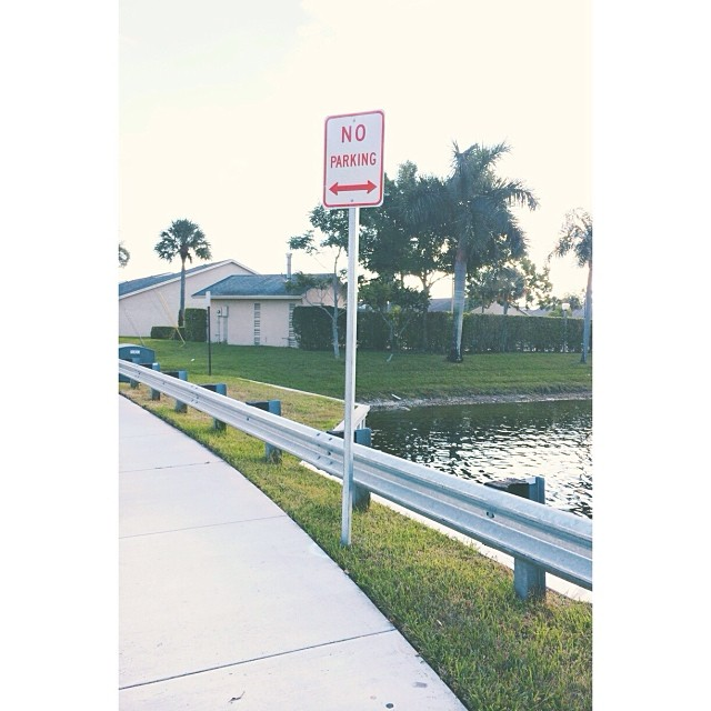 I am proudly responsible for this #noparking sign. About 2 months ago, I got fed up with the people constantly parking here to fish in the canal, blocking the sidewalk from the many runners and walkers who use the same loop I use, forcing us to go into t