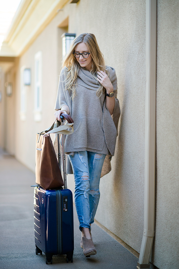 eatsleepwear, outfit, travel, poncho, current-elliott-denim