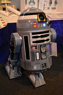 R2 Unit at MCM Birmingham Comic-Con 2013 (3)