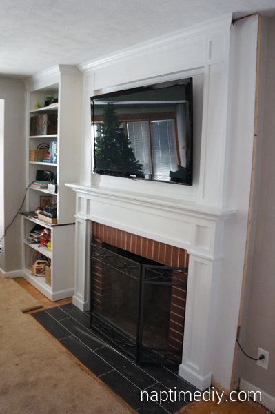 Fireplace Mantel Build 7 (via NaptimeDIY.com)