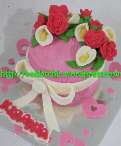 Kue Ulang Tahun Bunga Mawar Dan Cana Lily Kirania Jual