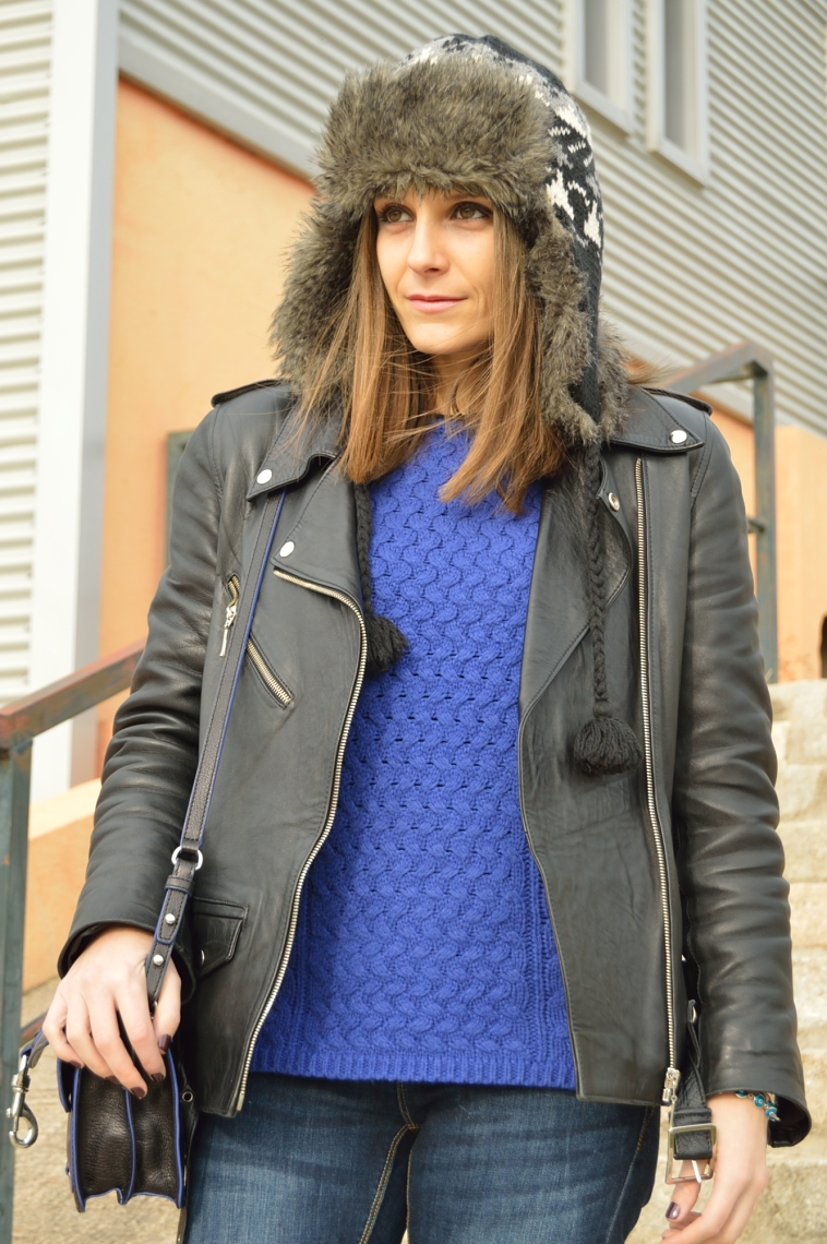 lara-vazquez-madlula-streetstyle-biker-perfecto-jacket-blue-black-outfit