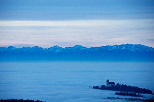 alps fog austria nikon nebel mountainview alpen upperaustria d90 bergpanorama ooe österreich at oberösterreich nikond90 pöstlingberg afsdxvrzoomnikkor18200mmf3556gifedii oö