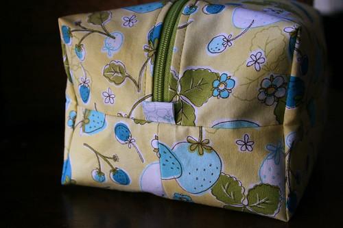 boxy pouch 3