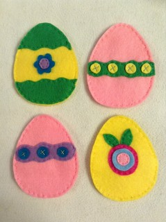 Refillable Felt Easter Eggs
