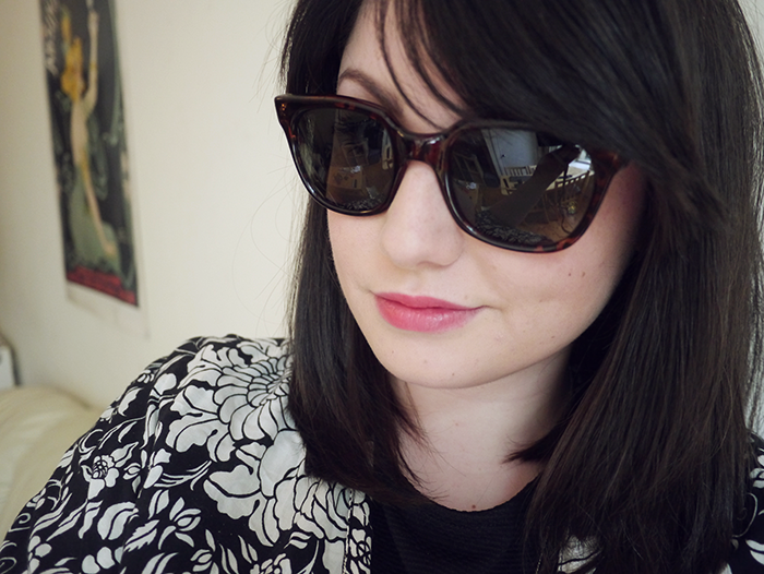 sheriff and cherry sunglasses outfit giveaway 6