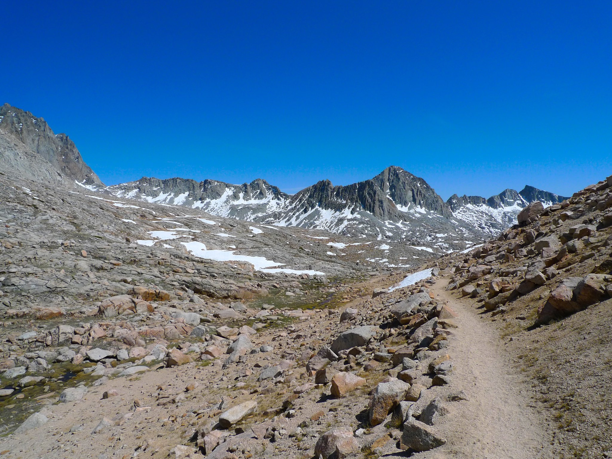 Descending into Dusy Basin