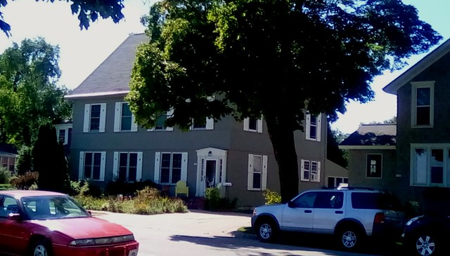 Colonial  style home-HWW.