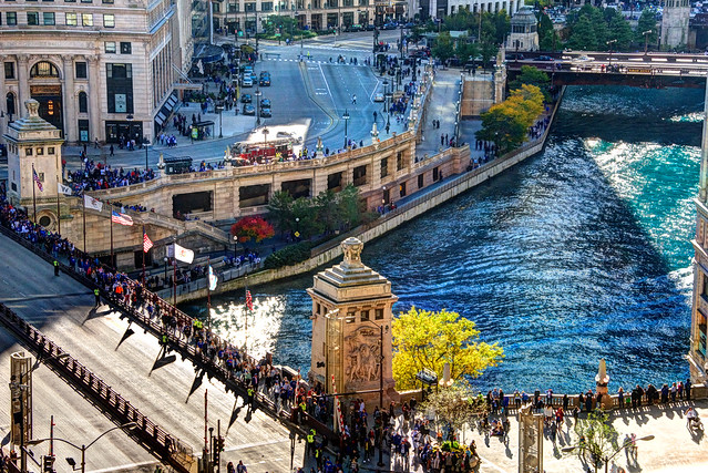 Chicago River dyed blue for Cubs World Series championship parade (zoomed aerial view)