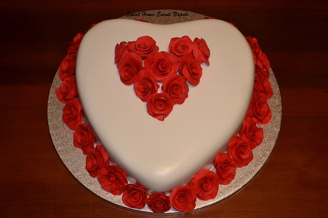 Love Cake by Enrico Vivenzio of Sweet Home Eventi Napoli