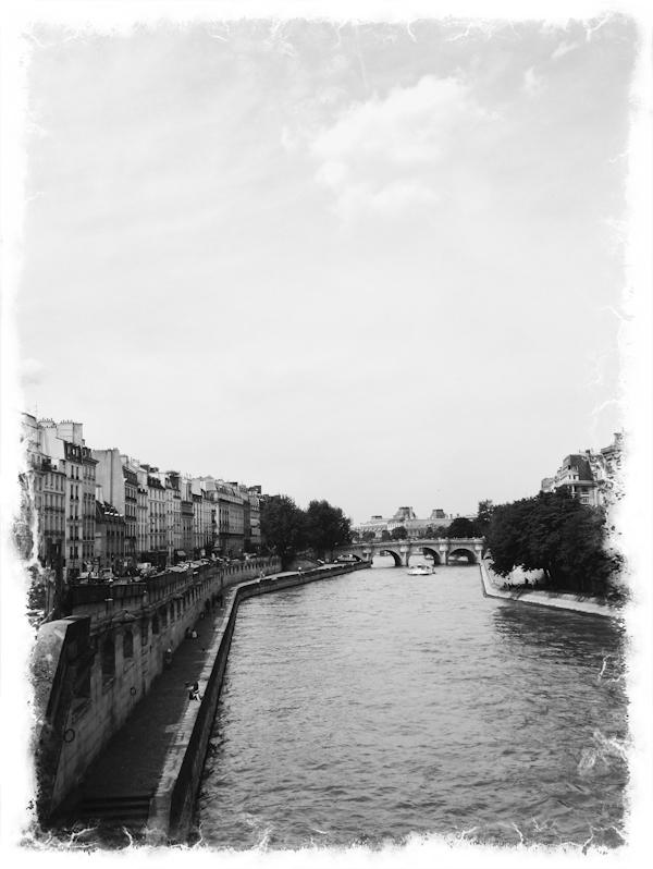 RYALE_Paris_iphone-1