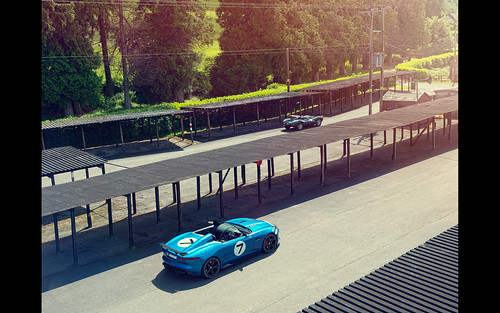 2013 Jaguar Project 7 pictures Jaguar's Project 7 concept will make a dynamic debut at the 2013 Goodwood Festival of Speed on 12th July. Project 7 is based on Jaguar's acclaimed F-TYPE, its all-new, two-seater, convertible sports car and winner of the Wor