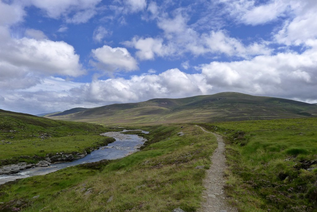River Dee and Cairn Liath