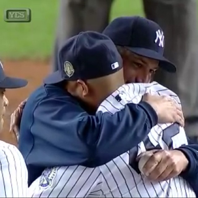 There are 3 baseball moment that made me cry. Touch 'em all Joe, Robbie's number gets retired, and this moment right here...