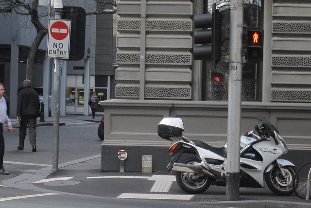 Motorbike blocking tactile guidance path