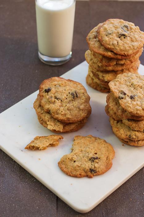 Oatmeal Rum Raisin Cookies #cookieweek