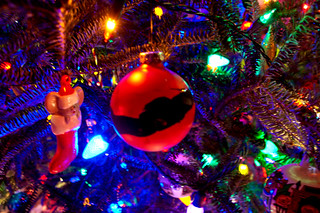 Christmas Mouse & Red Ball