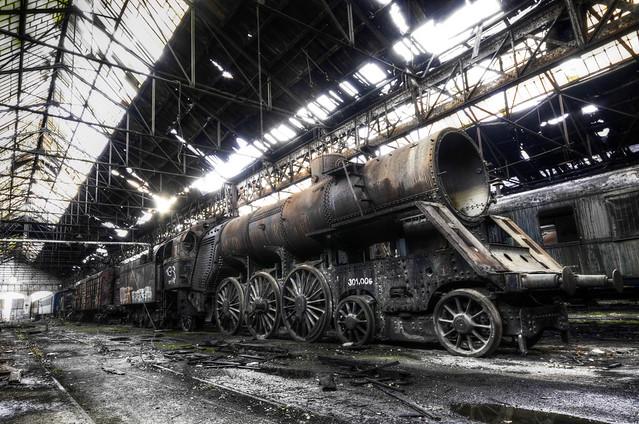 """Train kept a rollin"""""""