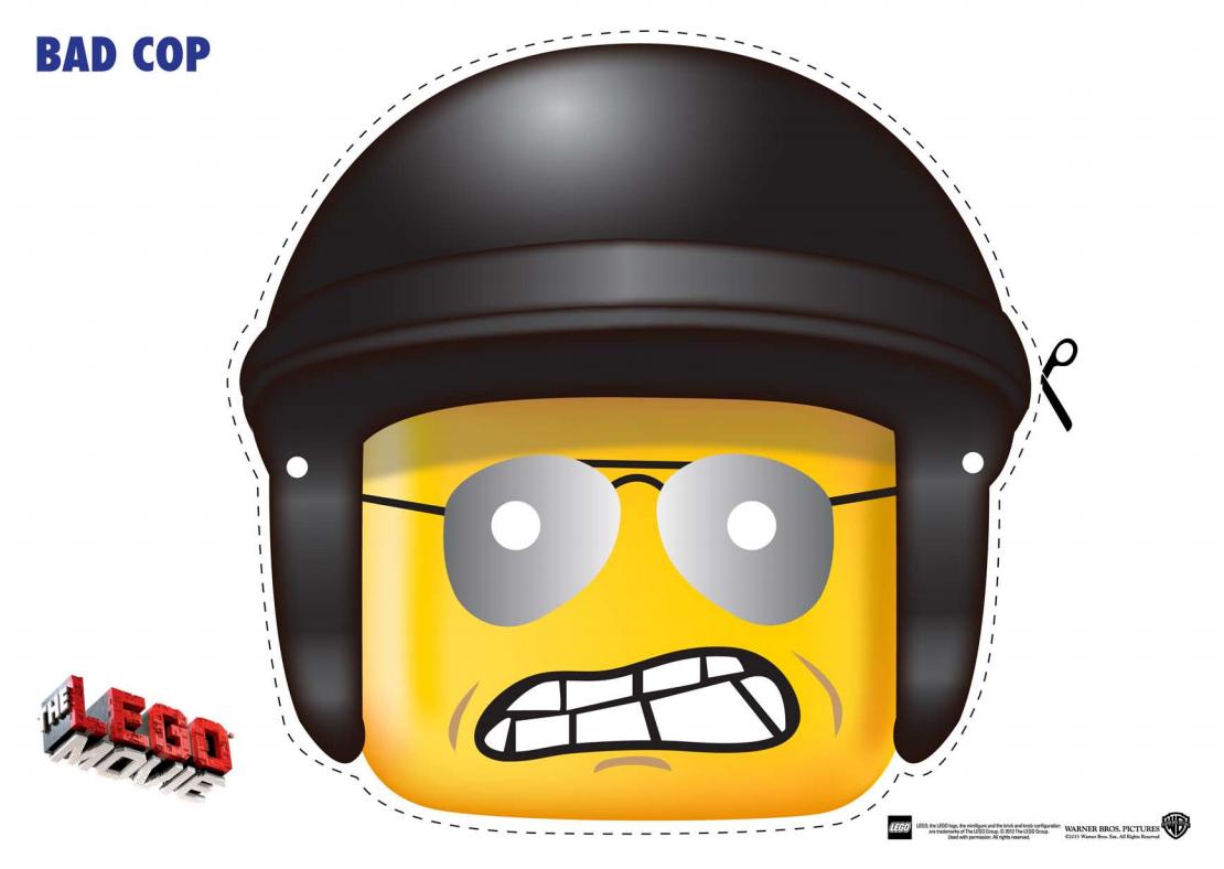 Careta de un lego con casco.