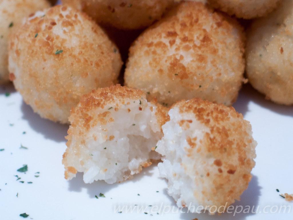 Bolitas de Arroz con queso