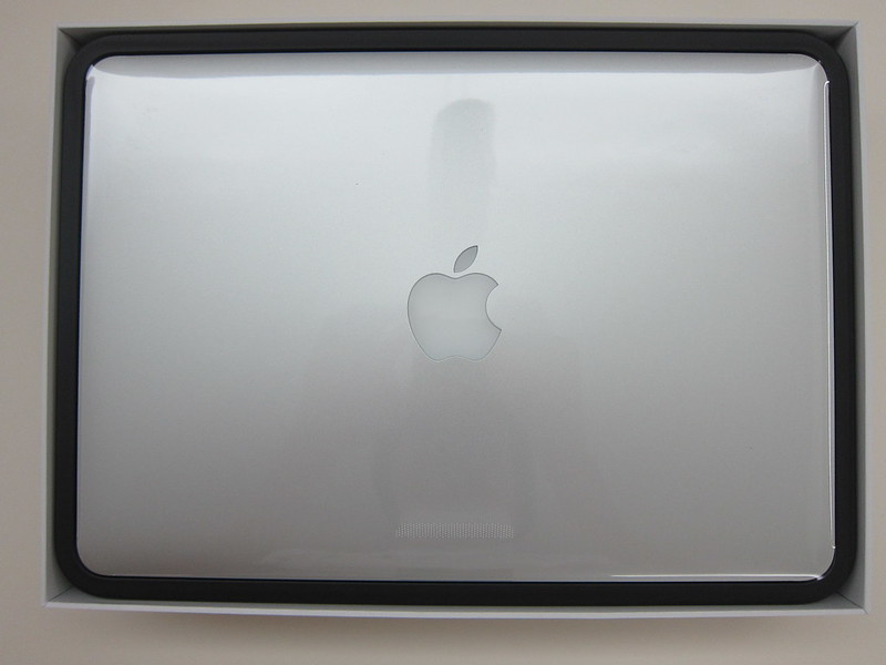 Apple MacBook Pro Retina (Late 2013) - Box Open