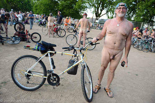 2014 World Naked Bike Ride -37
