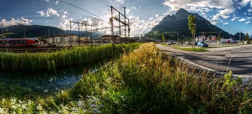 sunset mountain alps backlight schweiz switzerland abend ditch suisse ostschweiz bahnhof svizzera rheintal parkplatz rhinevalley graben sargans gonzen ospelt
