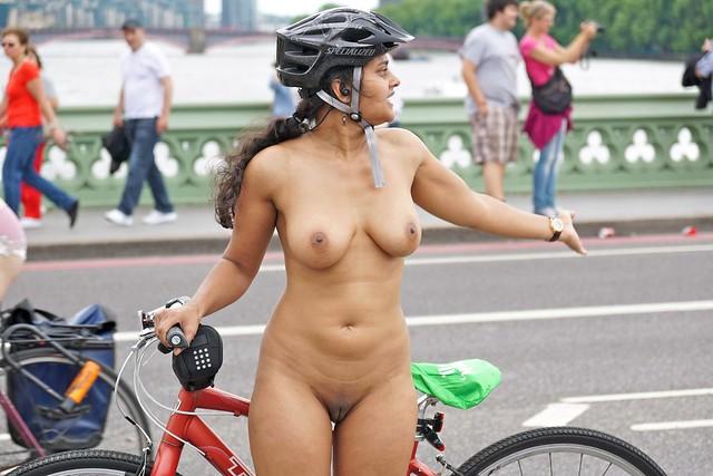 World Naked Bike Ride London 2014 - By Sacha Alleyne-8318