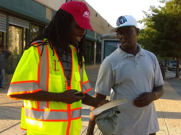 Were out bright and early this morning sharing safety tips and reminding motorists to #sharetheroad!