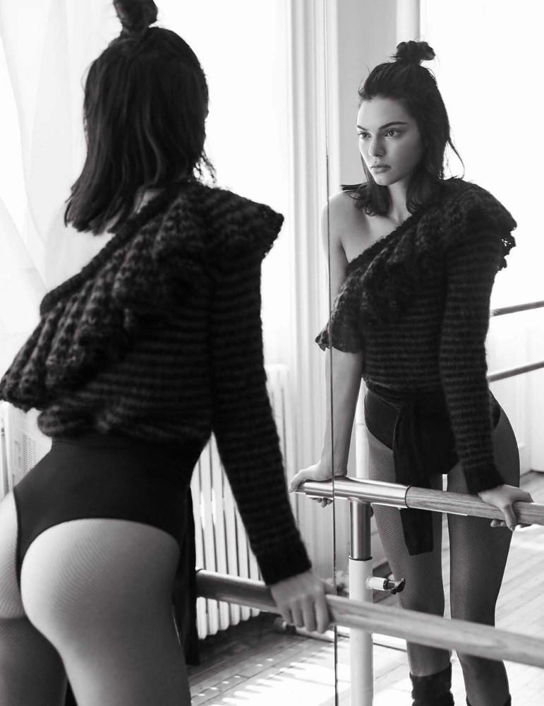 Кендалл Дженнер — Фотосессия для «Vogue» ES 2016 – 3