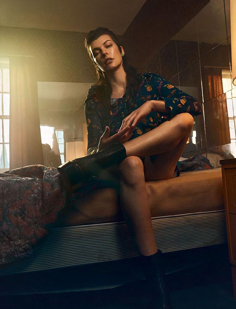 Милла Йовович — Фотосессия для «Vogue» UA 2016 – 6