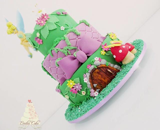 Cake by Emilia Cake