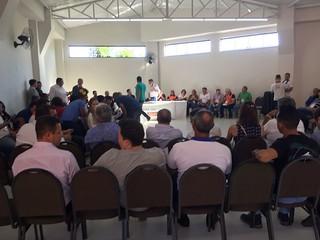 Núcleo traz simulação de sessão na Câmara aos participantes
