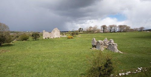 weather arriving at Ballyloughlan Castle farmhouse complex