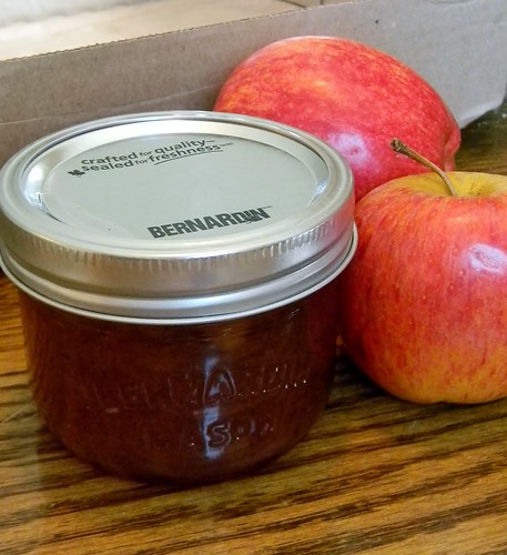 Flavourful Brown Sugar - Apple Jelly
