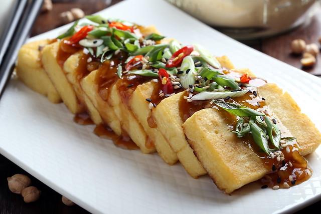 Panisse with Garlic-Ginger Sauce
