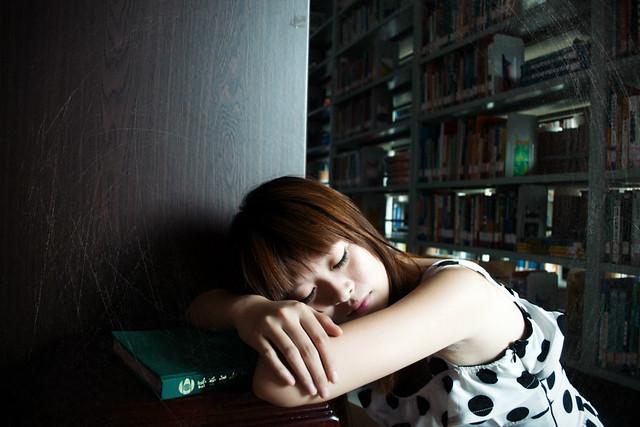 有沒有看書看得厭煩。看得疲憊的時候。