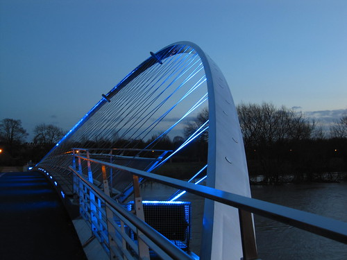 Millennium Bridge twilight