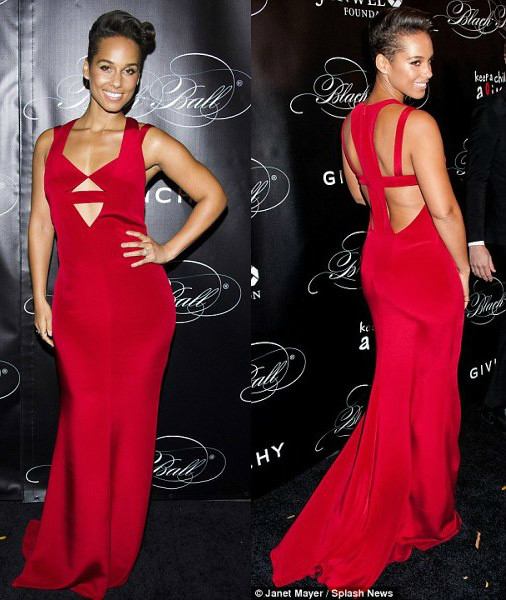 Alicia-Keys-in-a-crimson-cut-out-dress, how to wear a cut out clothing, cut out trend, cut out blouse, cut out dresses