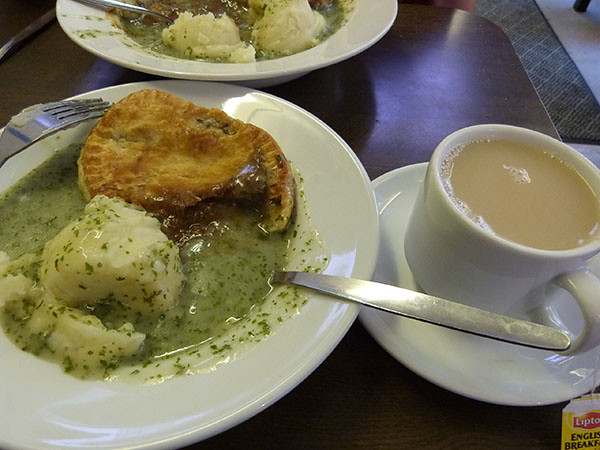 pie and tea