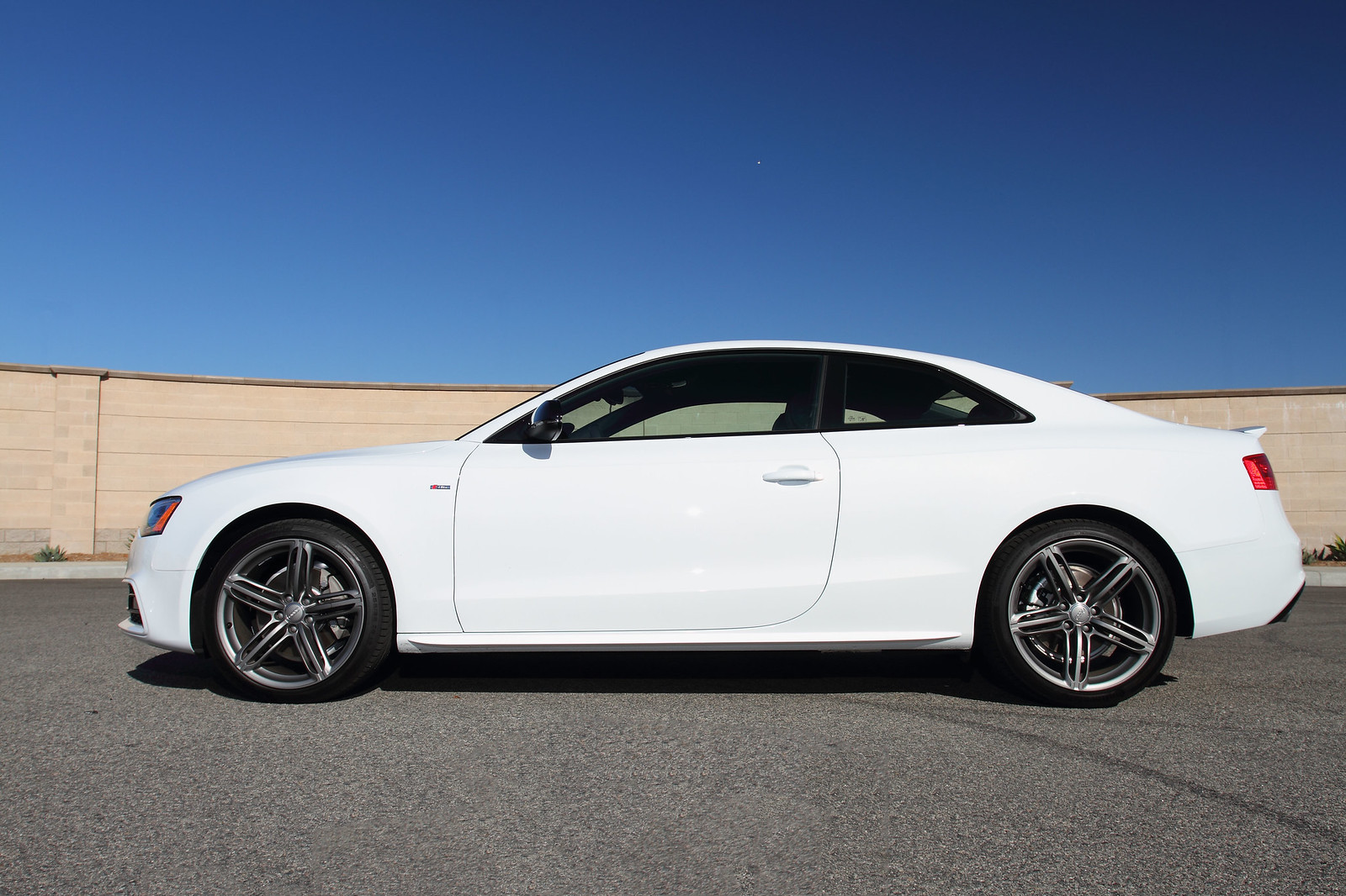 gmg racing 2014 audi a5 s line lowered w gmg lowering springs. Black Bedroom Furniture Sets. Home Design Ideas