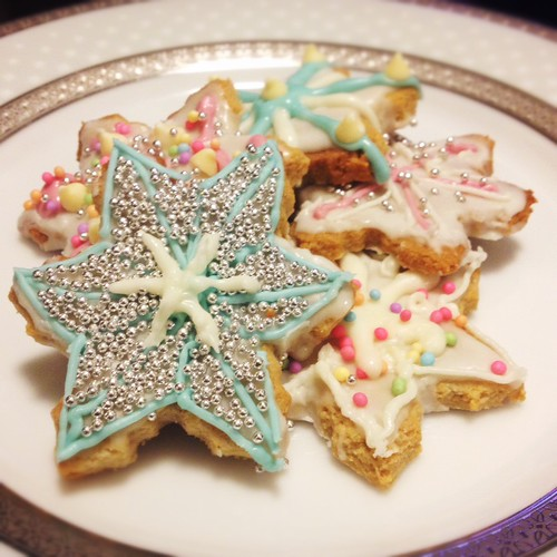 Vegan gingerbread snowflake cookies by smine27